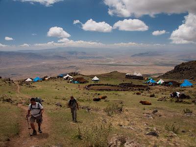 El primer tram creuem un campament de pastors nòmades
