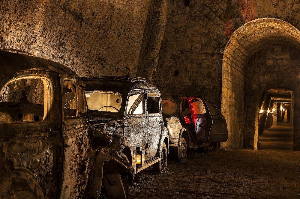 bourbon-tunnel-3