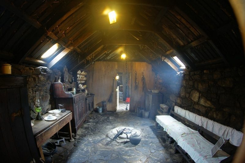 blackhouse-isle-of-lewis-13