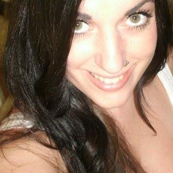 Christina Hooper Photo 11