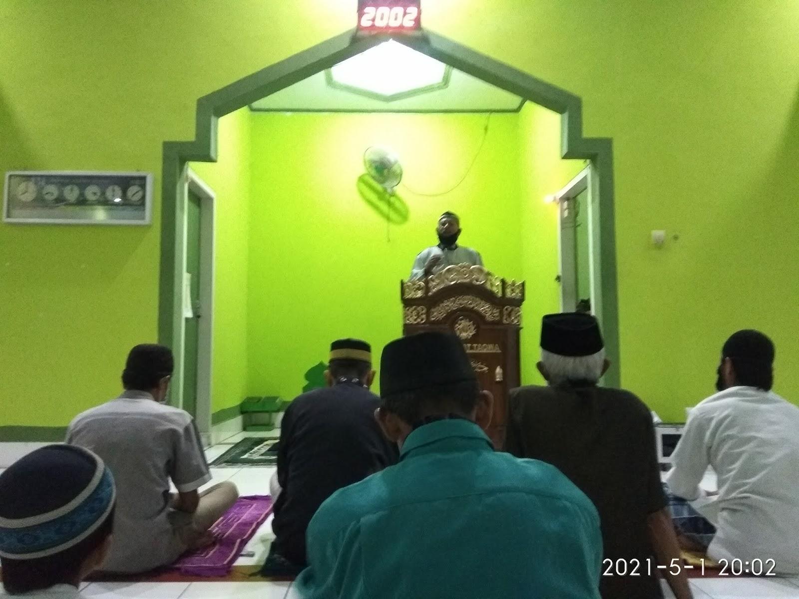 Kades Gattareng Kembali Menyampaikan Himbauan dan Arahan ke Masyarakat di Mesjid At-Taqwa Palie