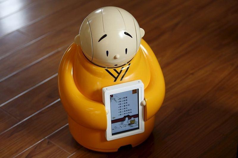robot-monk-3