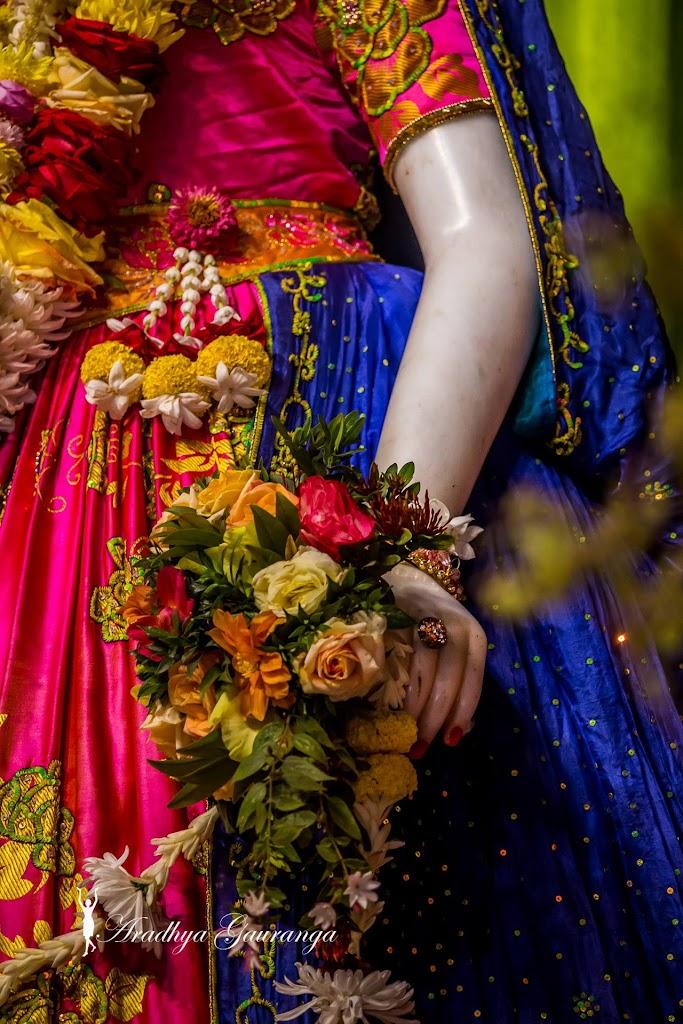 ISKCON Mayapur Deity Darshan 20 Jan 2017 (40)