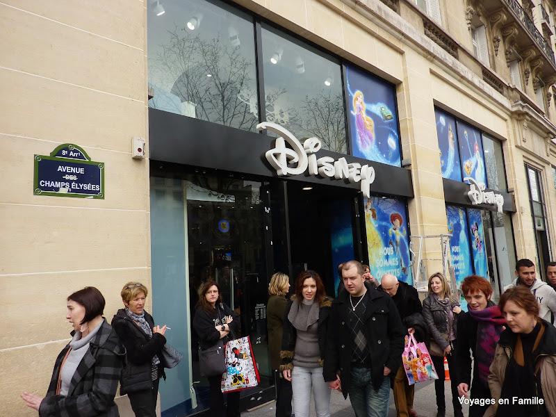 Champs Elysées - Disney