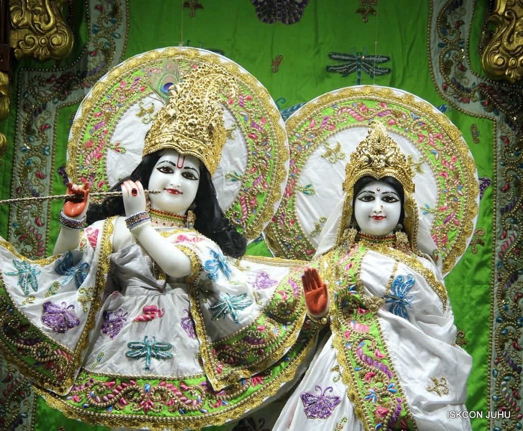 ISKCON Juhu Mangal Deity Darshan on 4th June 2016 (22)