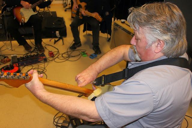Guitarkursus 28/11 2014 - IMG_7425.JPG
