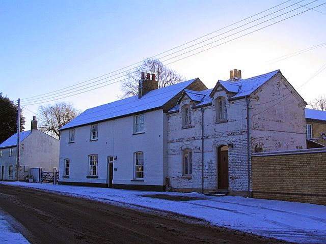 Woodhurst In The Snow - 5918398510233_0_BG.jpg