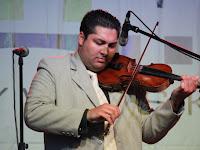 20 A hegedűszóló hatalmas közönségsikert aratott.jpg
