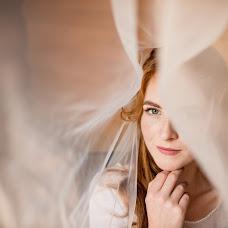 Wedding photographer Yana Petrus (petrusphoto). Photo of 09.12.2017
