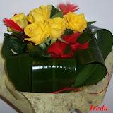 žluté+růže.jpg