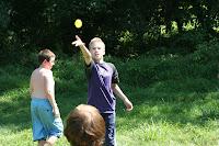 Water baloon toss