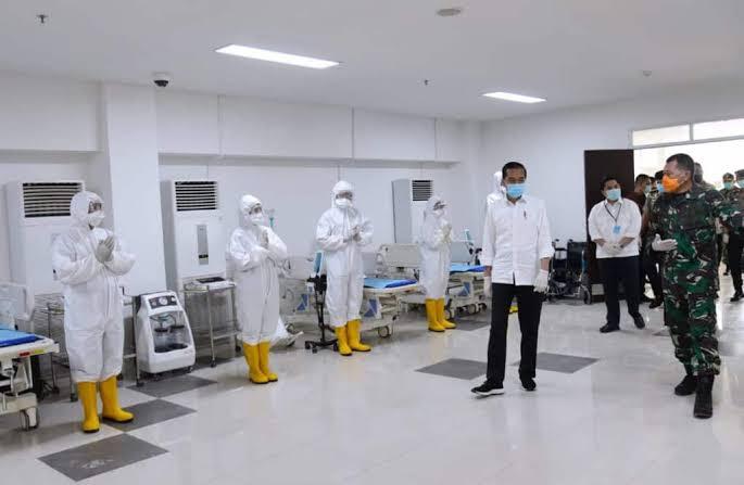 24 Dokter Gugur saat Tangani Corona, Presiden Jokowi Didesak untuk Minta Maaf