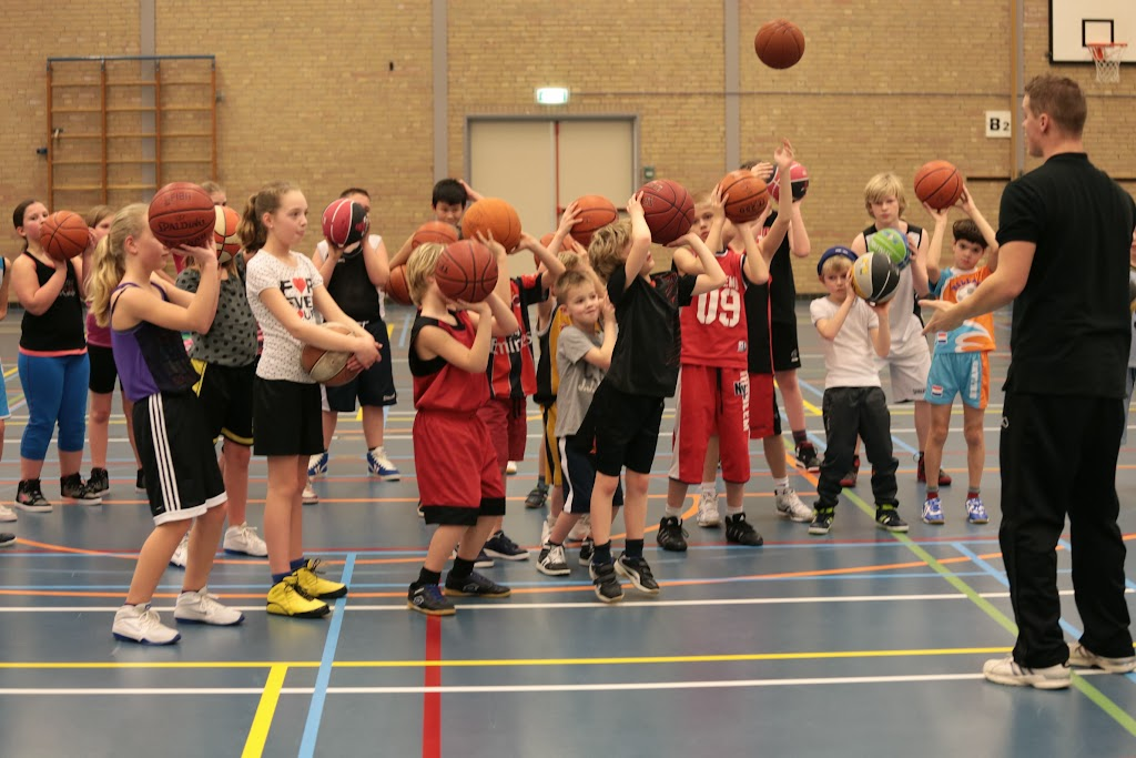 Basketbal clinic 2014 - Mix%2Btoernooi%2B17.jpg