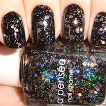 Esmalte preto com glitter prata
