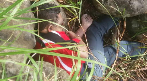 Breaking News! Warga Bittuang Temukan Mayat Seorang Remaja di Pinggir Sungai