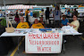 The French Quarter Neighborhood Watch Group  @ National Night Out in West Seneca 2009