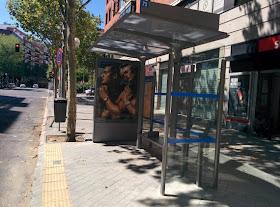 Las nuevas marquesinas de la EMT ya se ven en la calle