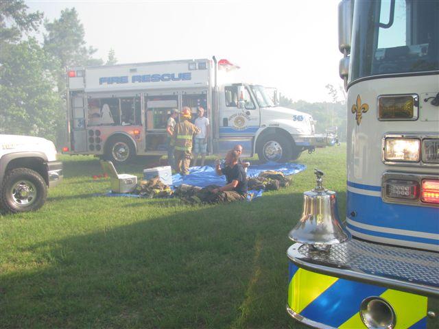 House fire Lynchburg Rd Mutual Aid to Williamsburg Co. Fire 010.jpg
