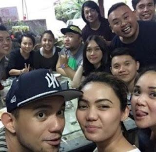 foto rina nose dan teman teman fakhrul razi di brunei