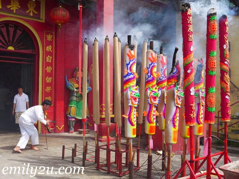 Celebrating Jade Emperor Festival @ Tung Wah Tong Temple