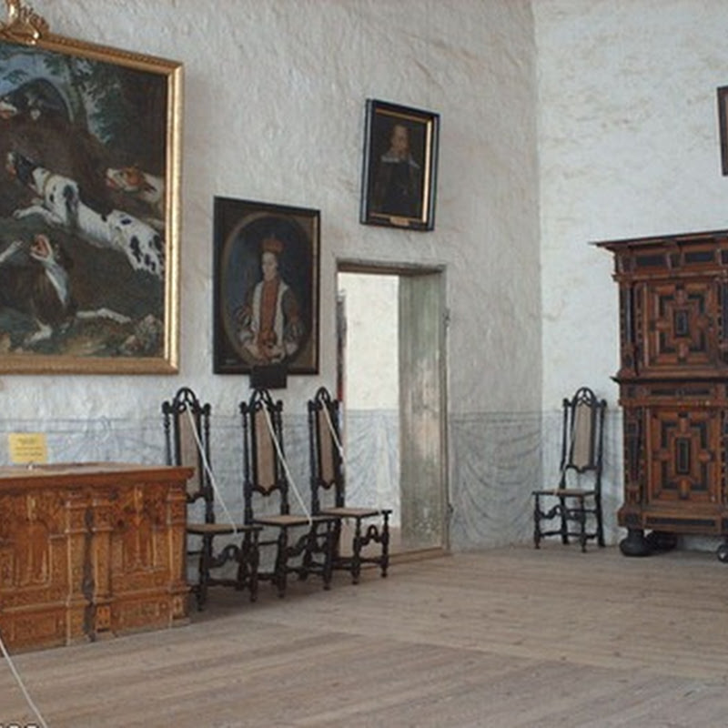The Vadstena Castle is the best preserved Renaissance castle across Sweden.