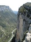 Les impressionantes falaises du Verdon regorgent de voies extrèmes...