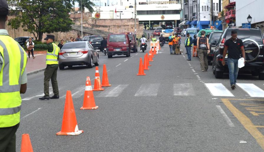 AMET y MOPC inician señalización de calles en Zona Colonial