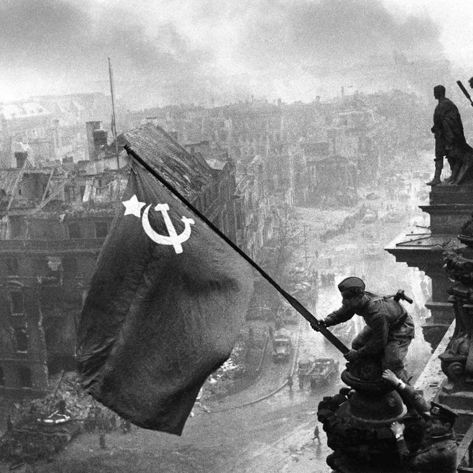 World War II's Other Iconic Photo: Raising A Flag Over The Reichstag