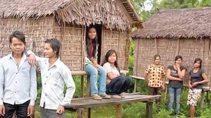 Tradisi Unik, di Desa Ini Perempuan Beranjak Dewasa Bebas Ajak Pria Masuk Kamar