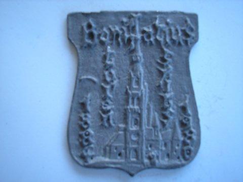 Naam: B. HuismanPlaats: SneekJaartal: 1884-1980Vindplaats: BonifatiuskerkBoek: Steijn blz 12