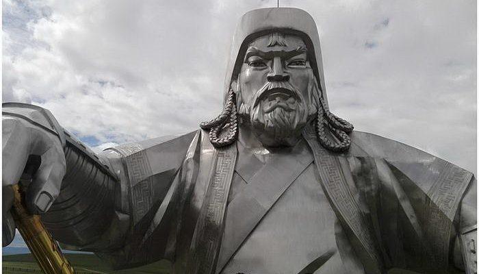 Genghis-Khan_thumb2