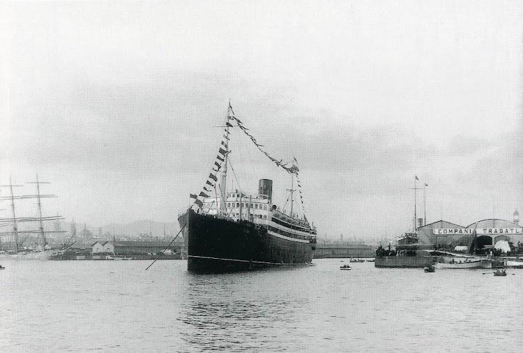 23-INFANTA ISABEL DE BORBON. Puerto de Barcelona. Memoria del puerto de Barcelona. Fecha indeterminada.jpg