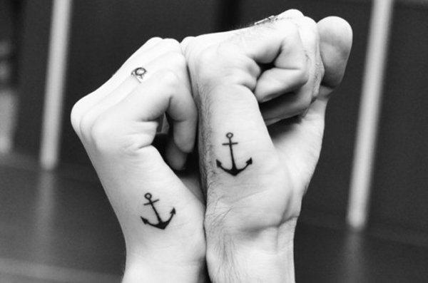 ncora_par_de_mo_tatuagens