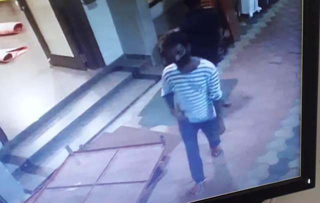 cycle theft from police officer house- ಮಂಗಳೂರು: ಇನ್ಸ್ಪೆಕ್ಟರ್ ಮನೆಯಿಂದಲೇ ಸೈಕಲ್ ಕಳವು- ಸಿಸಿಟಿವಿಯಲ್ಲಿ ಸೆರೆಯಾದ ದೃಶ್ಯ