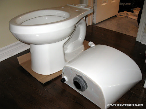 Toilet Two Pieces Installation