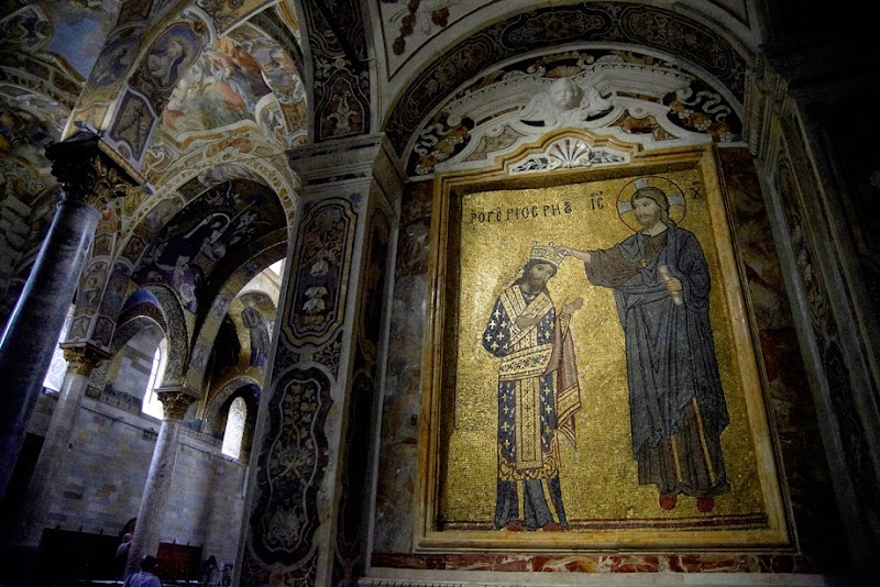 28. Byzantine Mosaic of King Roger being crowned by Christ. XII Century. The Church of Santa Maria dell'Ammiraglio (La Martorana). Palermo. Sicily. 2013