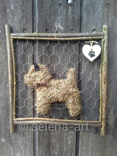 Hooi hondje aan frame klein