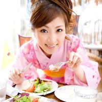 [BOMB.tv] 2009.09 Natsuko Tatsumi 辰巳奈都子 tn001.jpg