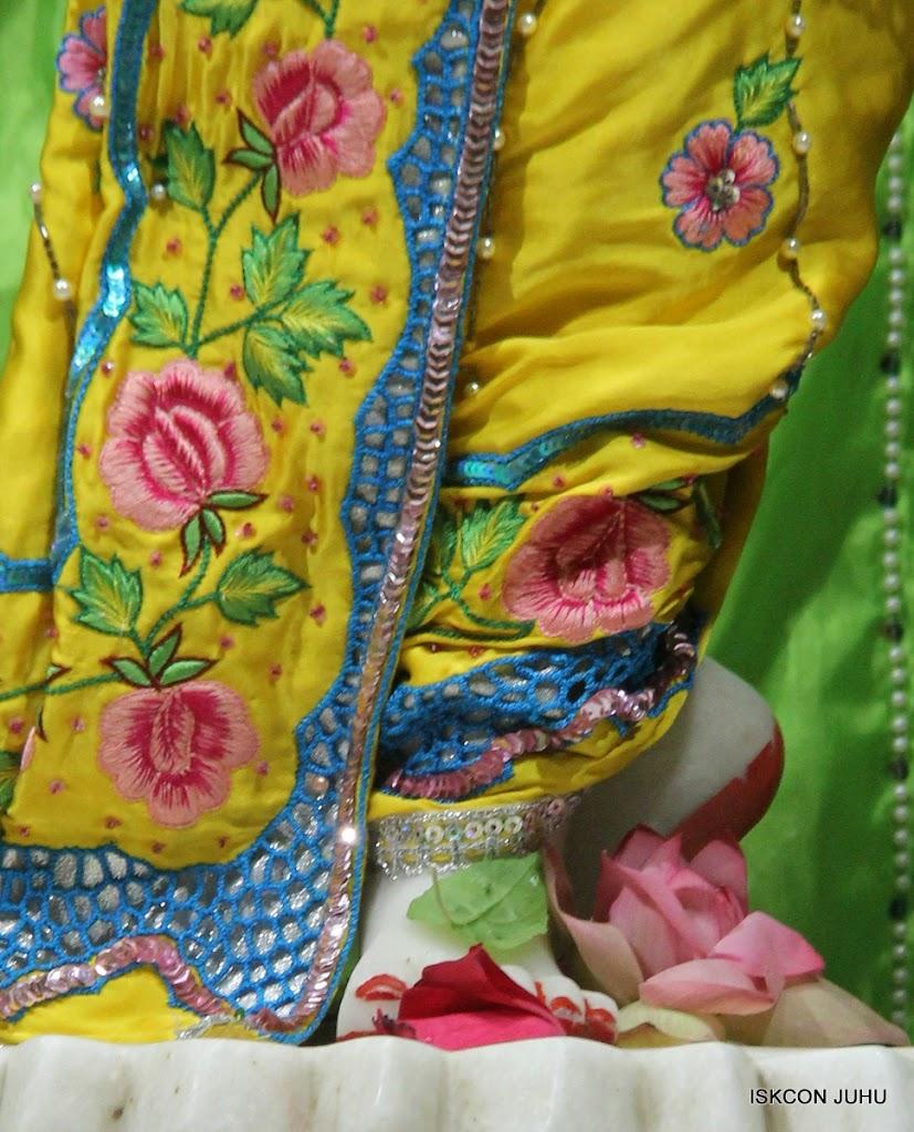 ISKCON Juhu Mangal Deity Darshan on 2nd July 2016 (35)