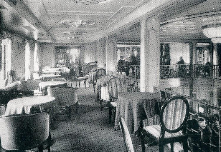 Galería que existía encima del salón principal. De la revista The Motor Ship.jpg