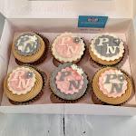 Rose and grey wedding cupcakes.jpg