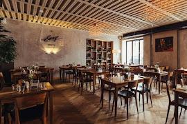 Ресторан Easy Brix