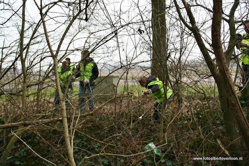 Landelijke opschoondag  Scouting overloon 10-03-2012 (43).JPG