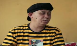 Kisah Perjalanan Hidayah Islam Pelawak senior Rudi Sipit hingga menjadi Mualaf
