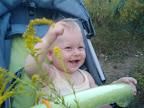 10 месяцев Наш маленький веселенький цветочек