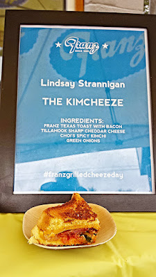Lindsay Strannigan of RoseMarried.com presented The Kimcheeze, with Franz Texas Toast with bacon, Tillamook Sharp Cheddar Cheese, Choi's Spicy Kimchi and Green Onions. #franzgrilledcheezeday