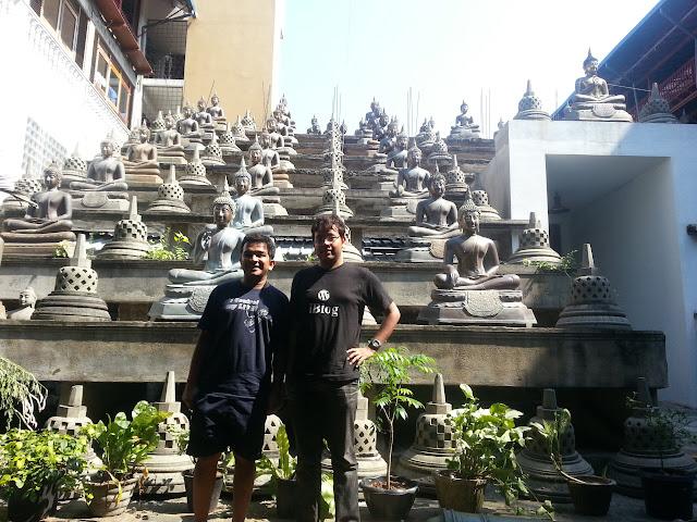Gangaramaya Buddhist-Temple-Statues