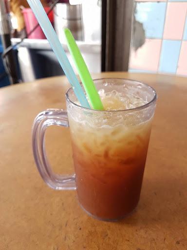 Iced lemon tea from Kedai Kopi Ho Ping at Georgetown