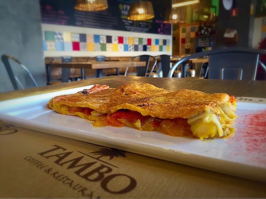Foto Tambo Coffee & Restaurant 9