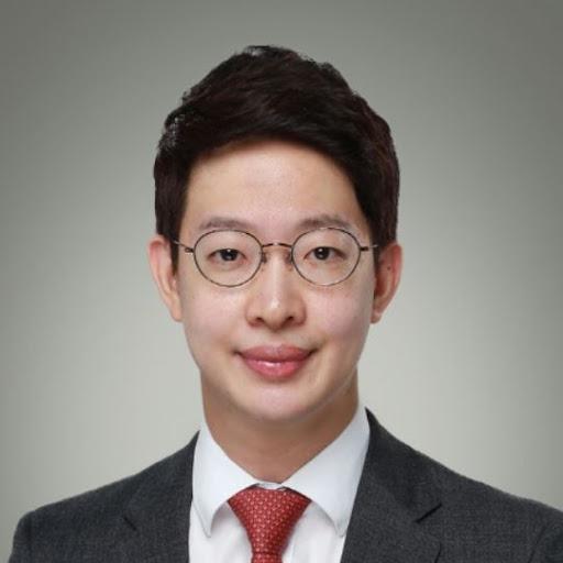 Yoonbok Lee